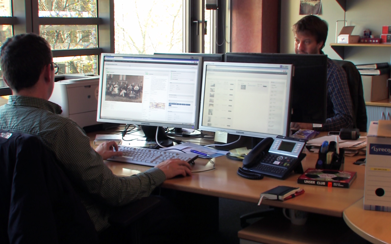 Stefan Domke und David Ohrndorf bei der Arbeit. Bild: Robert Rack