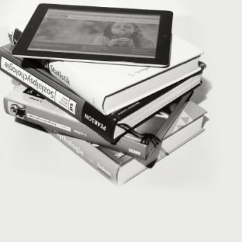 Schulbücher im Wandel – Klicken statt schleppen